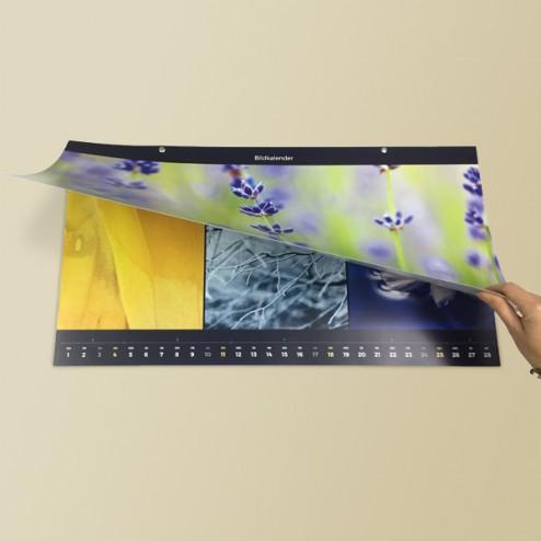 Dunkelblauer Panorama-Kalender